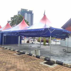 Star Arabian Canopy with rollup sidewall and Awning